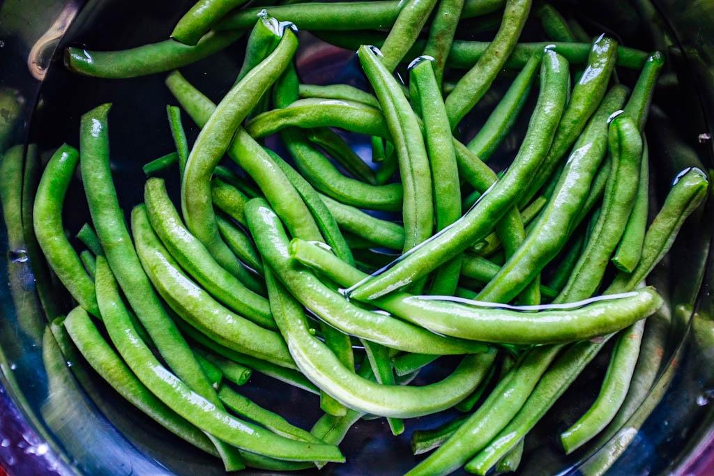 i fagiolini per il sugo di carne e verdure