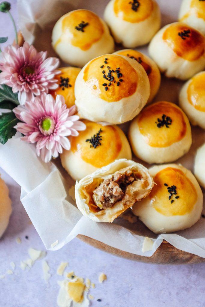 mooncake alla pasta sfoglia con ripieno carne