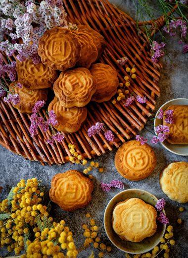 Mooncake: il dolce tradizionale Cinese con ripieno di frutta secca